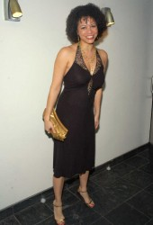 GLORIA REUBEN - random HQ set - (a)