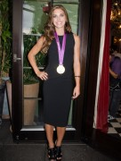 Alex Morgan - Veronica Beard Spring 2013 Presentation (09/04/2012) - (8xMQ)